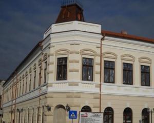 O primarie din Romania are sediul intr-un palat princiar