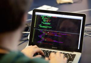 Salariatii din IT au castigat cu 14% mai mult, in ianuarie 2017