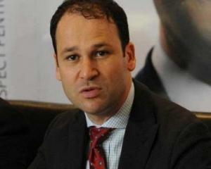 Robert Sorin Negoita este noul presedinte al Asociatiei Municipiilor din Romania