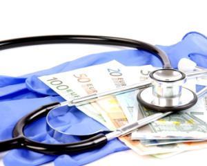 Angajatii din sistemul medical cer Guvernului majorarea salariilor cu 25%