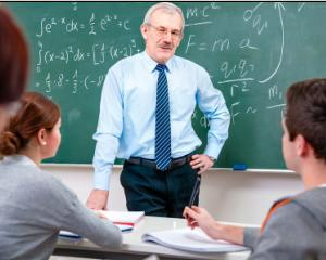 Sporuri si salarii majorate in Invatamant prin OUG nr.54/2015