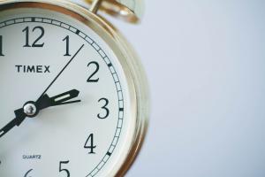 Care ar putea fi ultimul an cu o schimbare sezoniera a orei in UE?