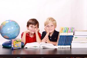 Sistemul educational si formarea tinerilor, o prioritate pentru UE