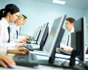Calcularea sporului de vechime pentru personalul contractual si functionarii publici