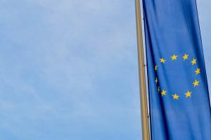 Romanii au incredere in Uniunea Europeana